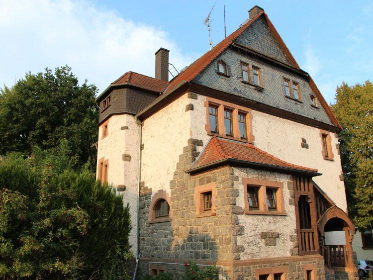 Alte Schule, Marburgerstraße 7, Gonterskirchen