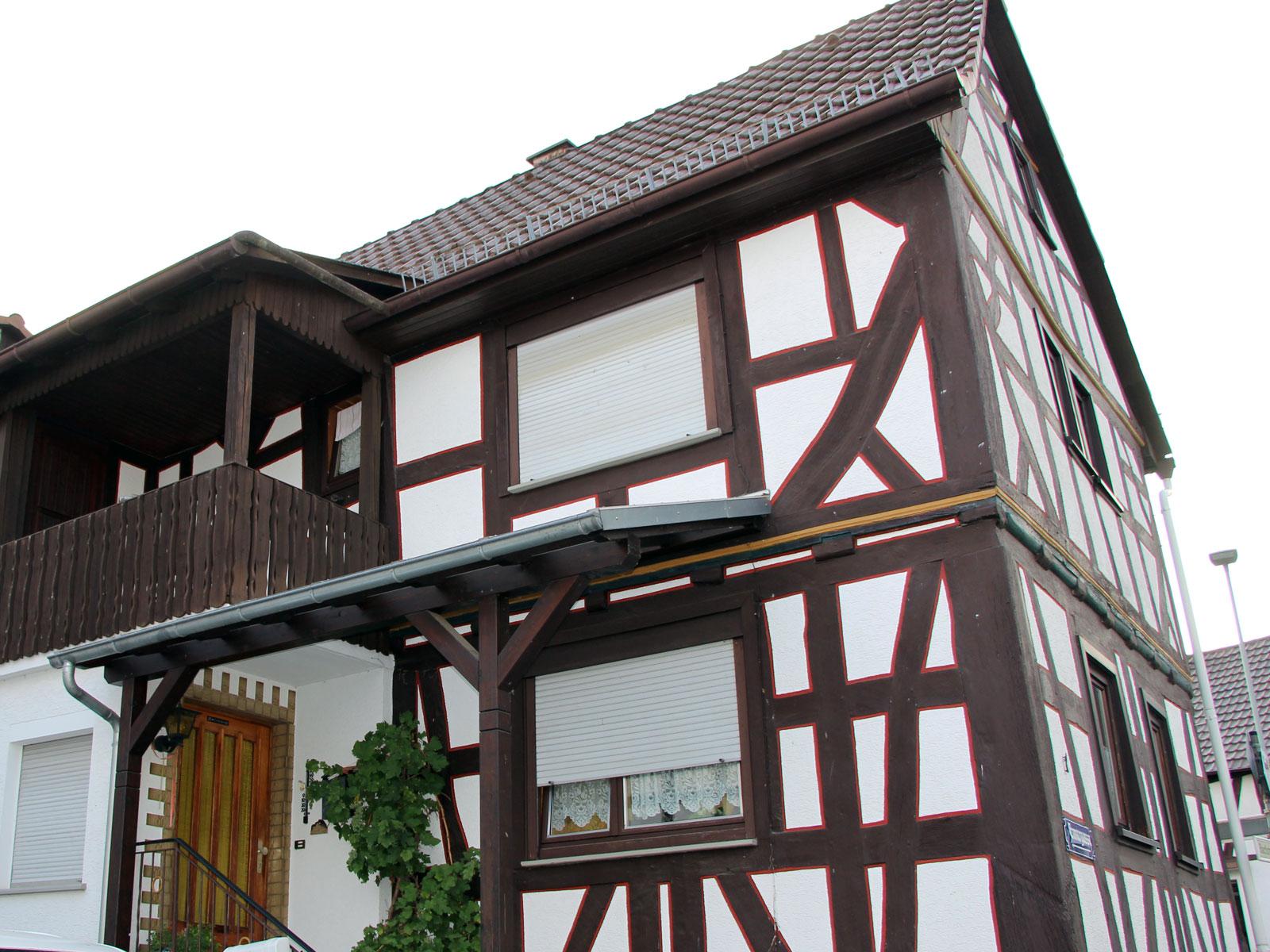 Fachwerkhaus, Bachstrasse 1, Gonterskirchen Laubach
