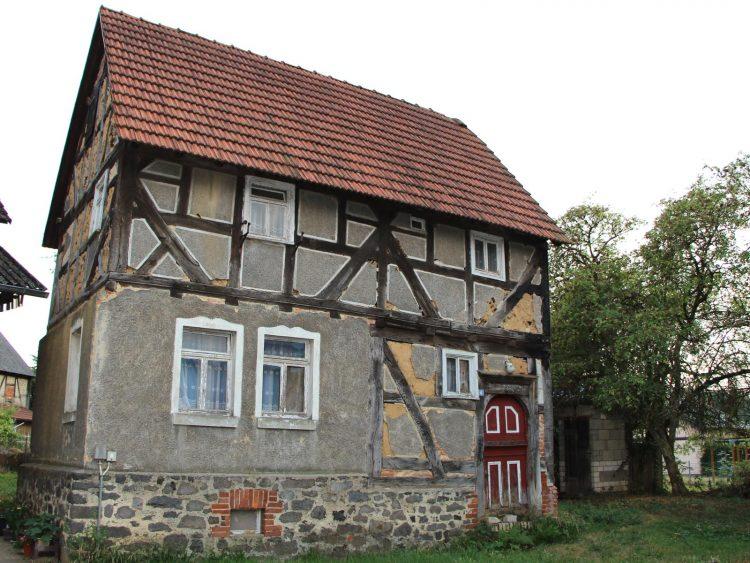 Denkmalgeschütztes Fachwerkhaus, Mittelgasse 4, Gonterskirchen,