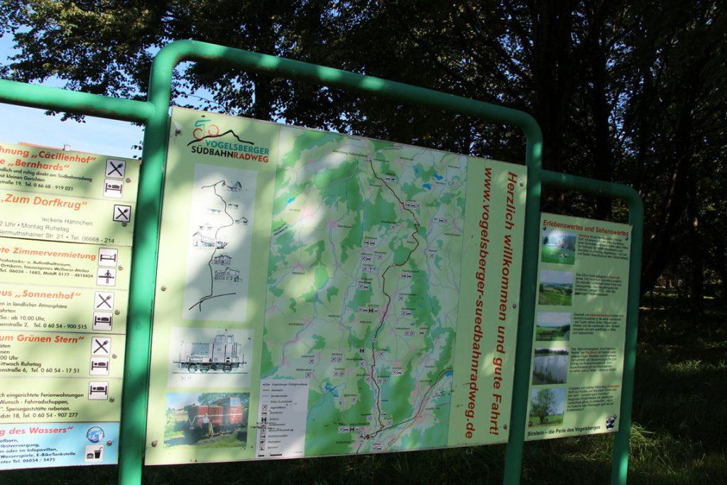 Fahrradurlaub in Deutschland: Urlaub mit dem Fahrrad im Vogelsberg Südbahnradweg in Vogelsberg, Hessen Deutschland