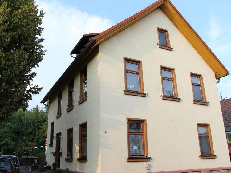 Denkmalgeschützte ehemalige Schule, Marburgerstraße 5, Gonterskirchen